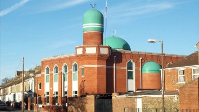 Photo of London mosques broadcast adhan publicly for Ramadan during coronavirus lockdown