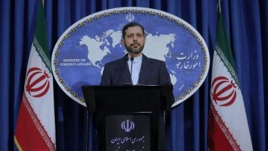 Photo of Iran Summons UK Envoy over Assaults on Iranian Voters